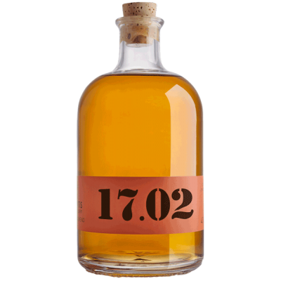 Tsipouro from Monemvasia marc, with two years of aging in French oak barrels, with a complex character and predominant aromas of honey, caramel and vanilla. The name is a four-digit code, the first two digits of which indicate the year of distillation, while the following years indicate the years of aging in oak barrels.