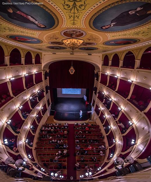 Apollon theatre